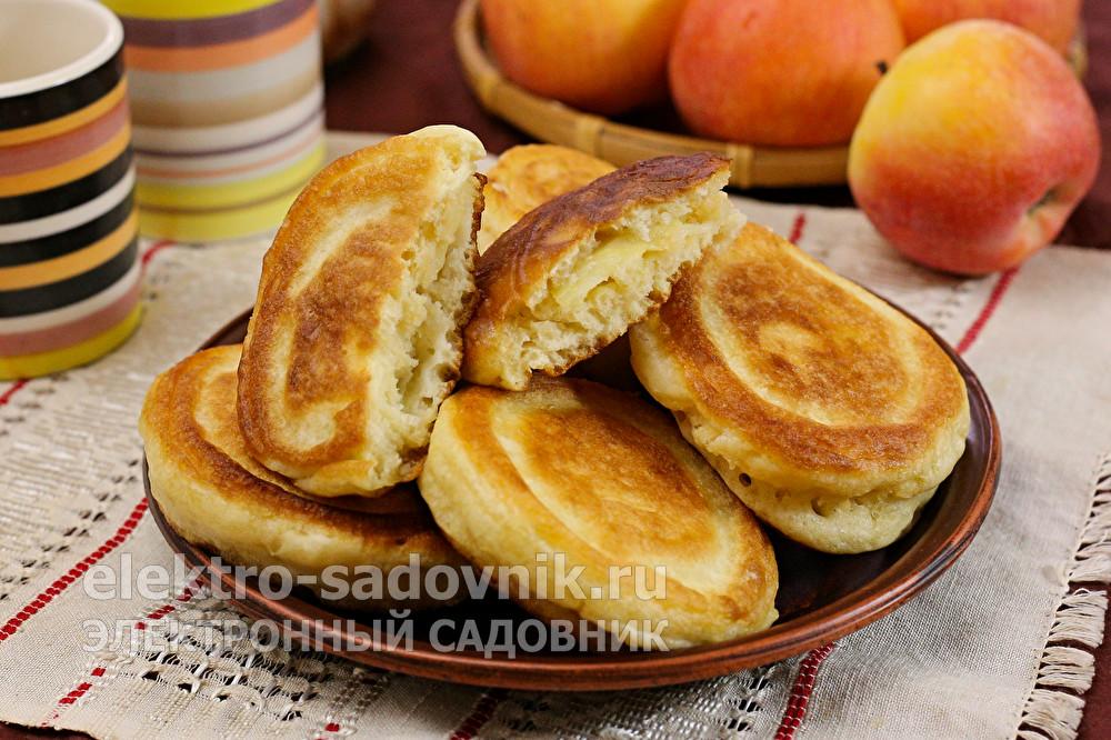 оладья с яблоками