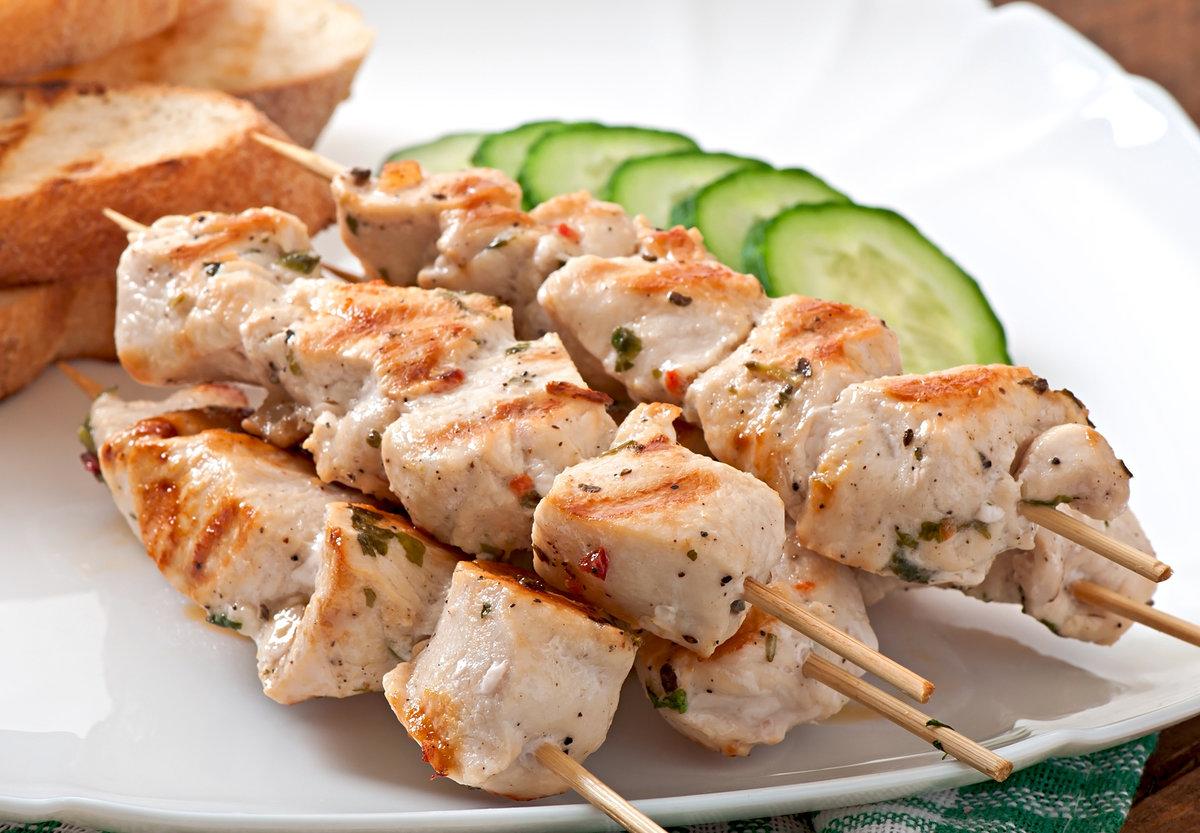 Шашлык из курицы: маринад самый вкусный, чтобы мясо было мягким и сочным