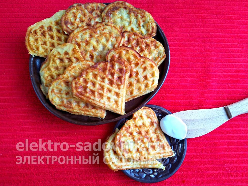 картофельные вафли в вафельнице