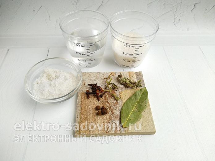 ингредиенты для грибного маринада