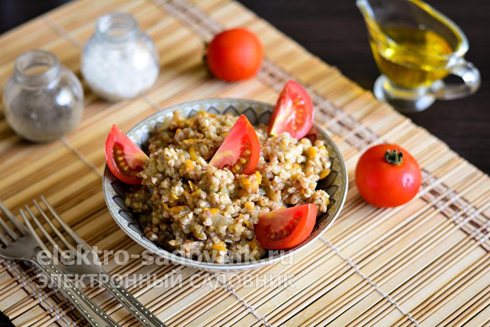 гречка по-купечески с фаршем в сковороде