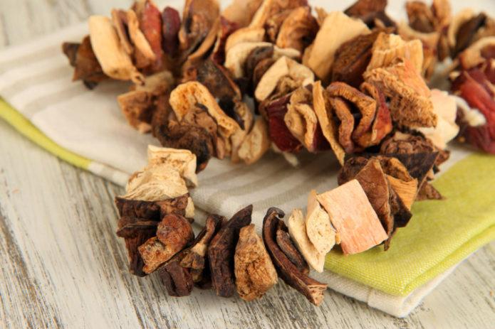 Идеальные способы хранения сушеных грибов, чтобы не испортились и не завелась моль