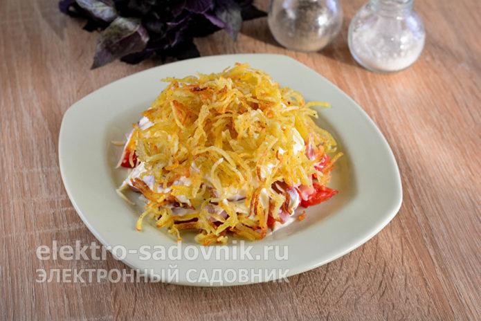 покрыть жареной картошкой