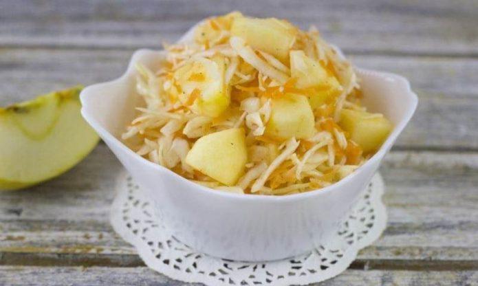 как приготовить капусту с яблоками