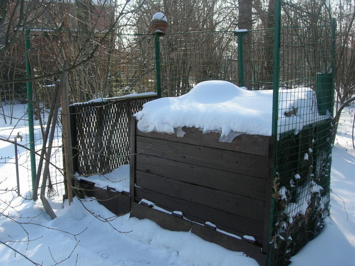 Компостная куча к зиме