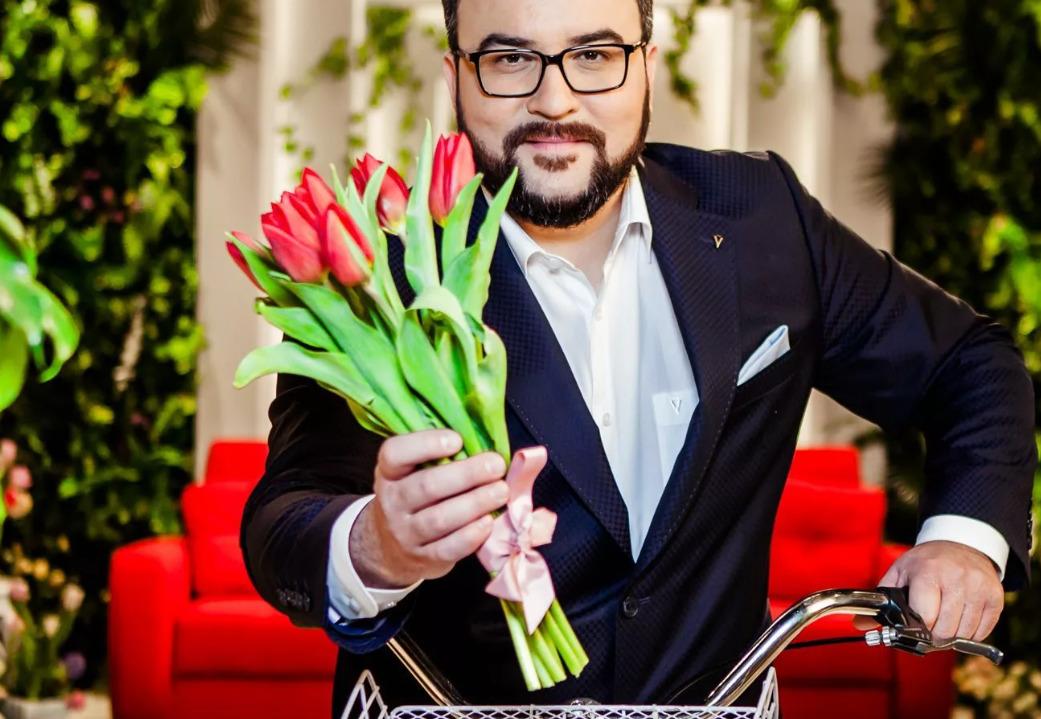 Кому и какие цветы принято дарить по правилам этикета